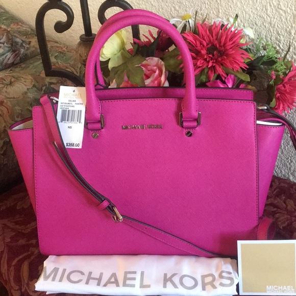 Michael Kors Handbags - NWT MICHAEL KORS SAFFIANO LEATHER  LARGE SATCHEL